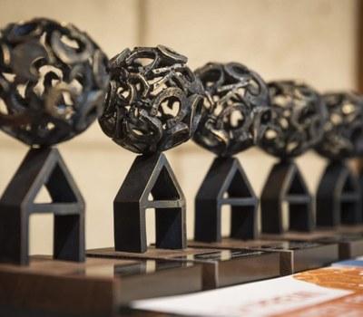 Podeu presentar la vostra candidatura al premi Jove, Proposa!