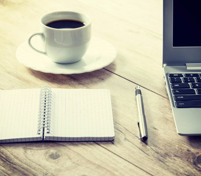 Saps com redactar un CV europeu?